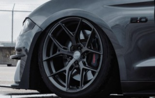 Ford-Mustang-Hybrid-Forged-Series-HF-5-©-Vossen-Wheels-2019-703-1047x698